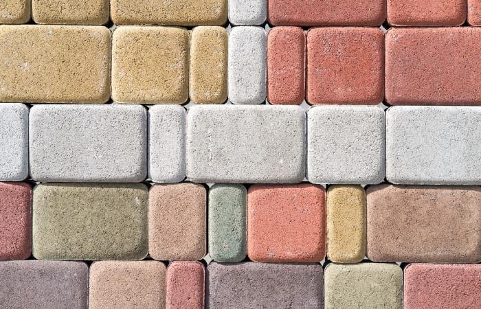 Térkő lerakás beton alapra